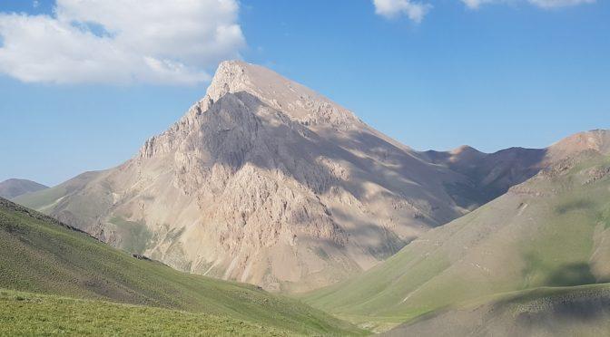 صعود قله آزادکوه از وارنگهرود و بازگشت از کلاک، ۱۴ و ۱۵ تیر ۹۷